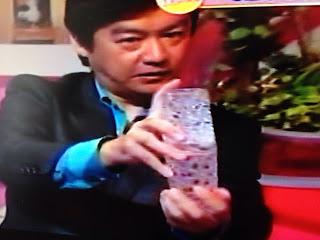 長谷和幸 マジックフライデー 空のグラスからビール/kazuyuki hase