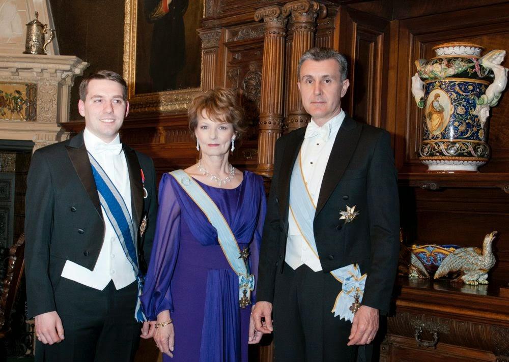 Familia Regală sărbătorește Noaptea Învierii la Deva și Sighișoara - Principesa Moştenitoare Margareta, Principele Radu, Principele Nicolae
