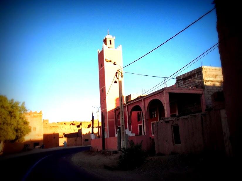 Marrocos e Mauritãnia a Queimar Pneu e Gasolina - Página 12 DSCF1387