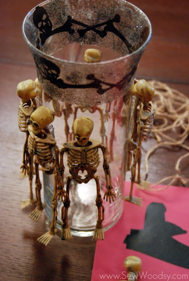 Skeleton Vase Sew Woodsy