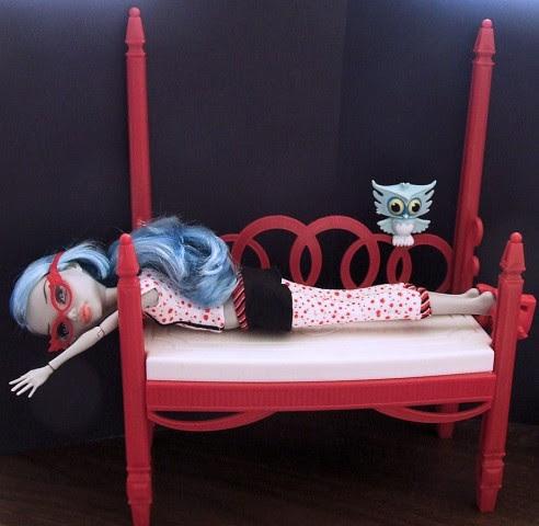 """Ghoulia Yelps, una de las chicas de la colección """"Muertas de Sueño"""" que todavía no tiene cama """"oficial"""""""