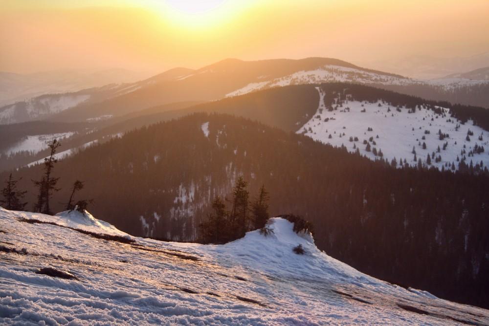Podejście na Pilsko na zachód słońca