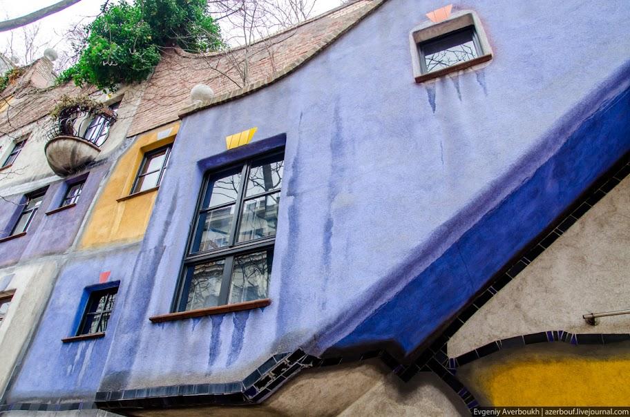 https://lh6.googleusercontent.com/-zcC28a_mj3E/USXkNEM4h4I/AAAAAAAANrk/i9YQdxnqQ-o/s912/Austria-Architecture-Hundertwasserhaus-2-011.JPG