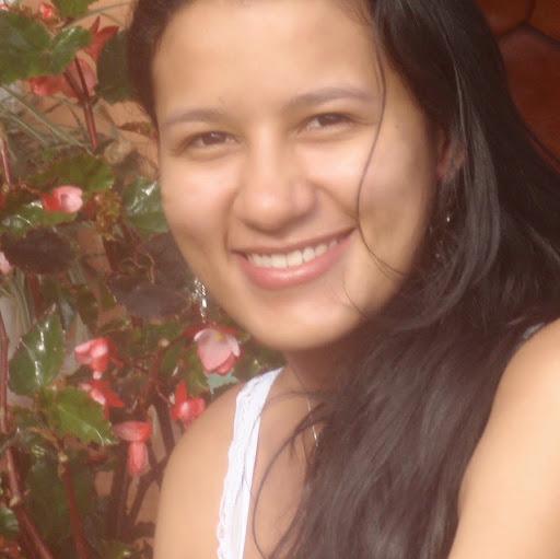 Lucia Valencia