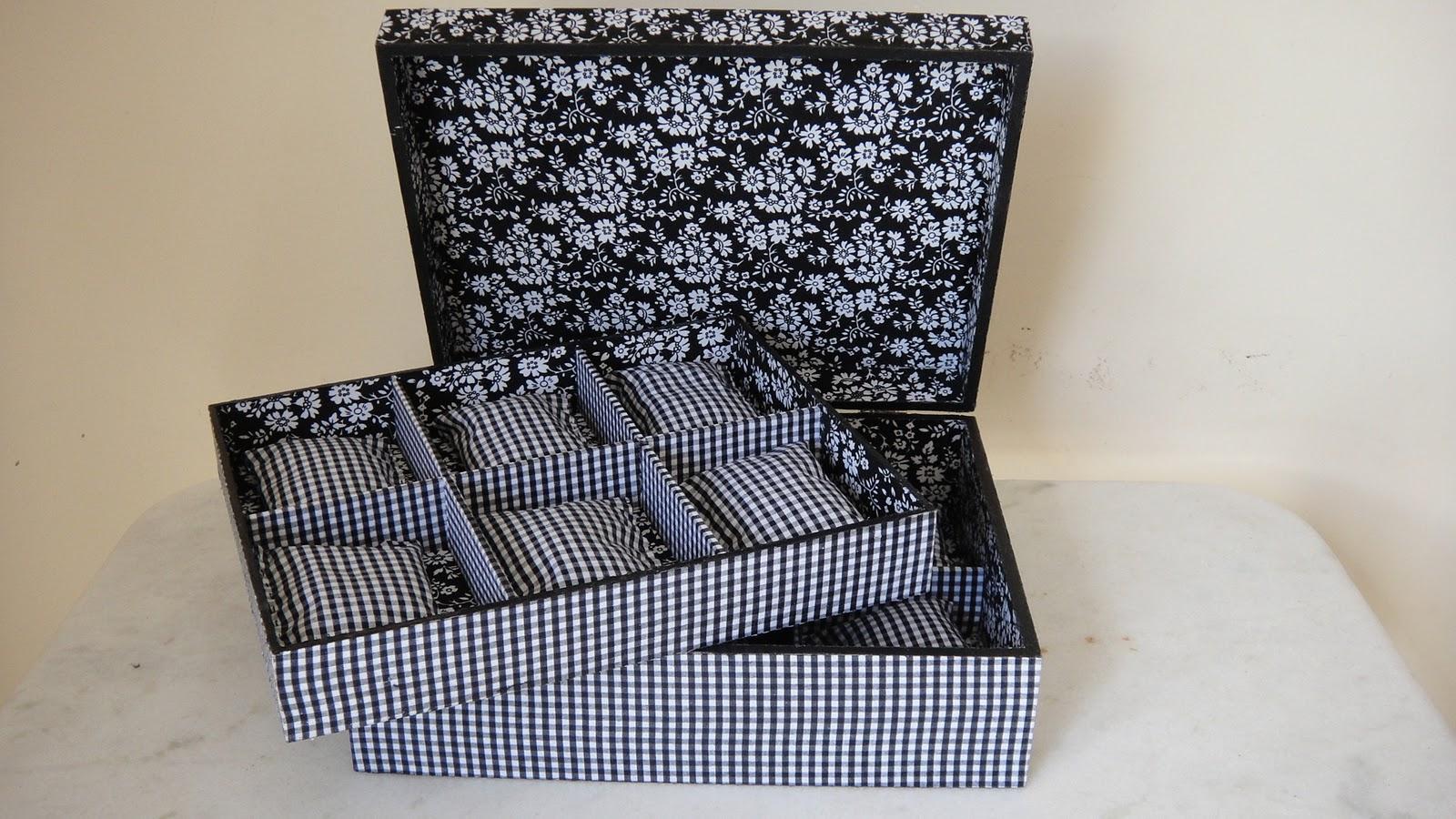 Goiânia Mina das Artes: Caixa para Relógios Forrada em tecido #7B6A50 1600x900