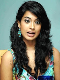 Sarah Jane Dias Hot Photos, Sarah Jane Dias Images