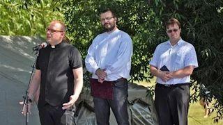Bárdudvarnok Világos Krisztián atya köszöntője Falunap 2014