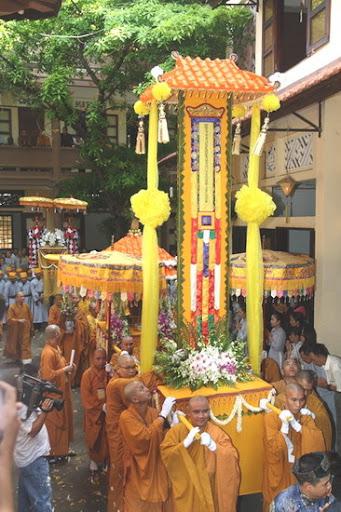 Lễ nhập bảo tháp Cố Đại Lão Hòa Thượng Thích Minh Châu