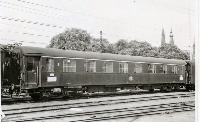 I2 (10143) Amsterdam C 07-1957 A13749.jpg