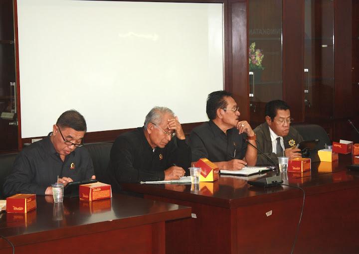 Diskusi Hukum Edisi Perdana Berjalan Sukses