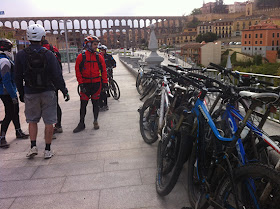 Unas fotos de nuestra ruta de Madrid a Segovia - Abril 2013