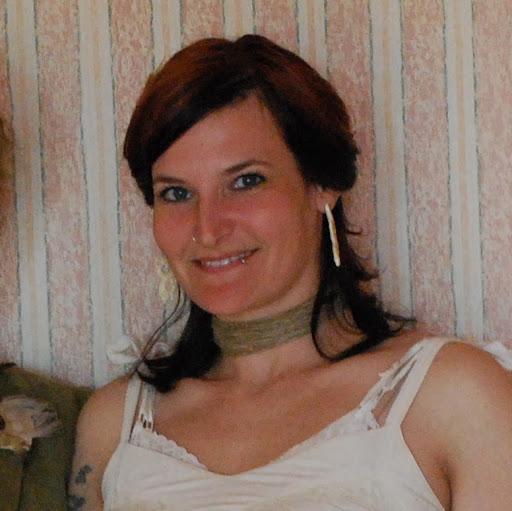 Amanda Maples