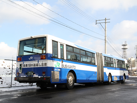 JRバス関東 契約輸送用連接バス O520-98002 リア