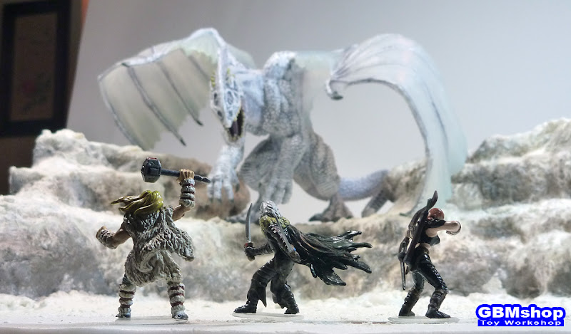 The Legend of Drizzt - IcingDeath - Dungeons & Dragons miniatures diorama scenery, Gargantuan White Dragon, IcingDeath, fighting with Drizzt - Drow ranger, Wulfgar - Human Barbarian and Cattie-Brie - Human Archer in snow mountain
