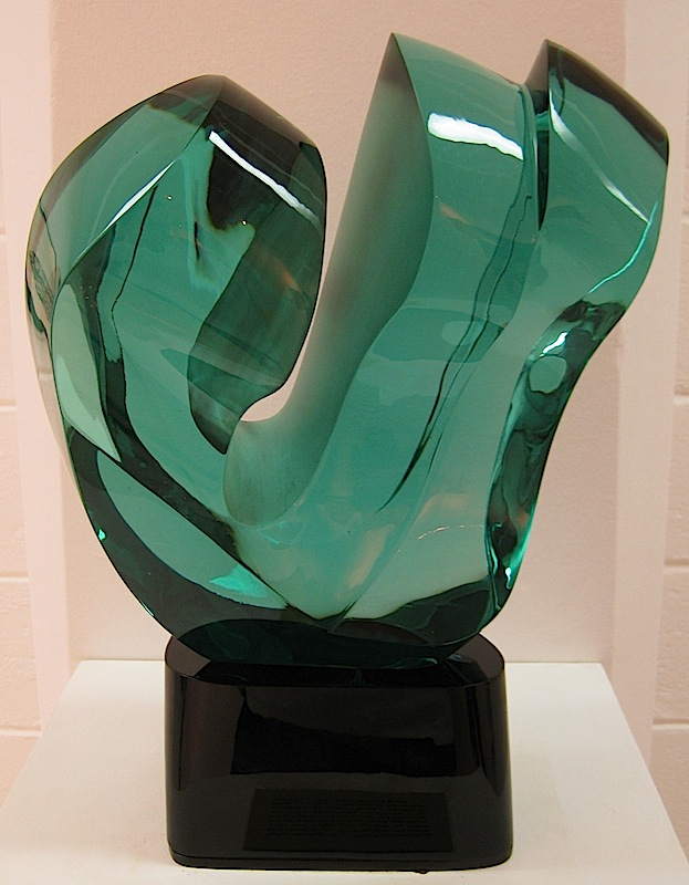 glass sculpture by Ramon Orlina