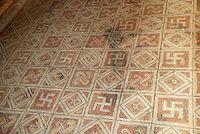 σβάστικα, τετράγαμμον σε ρωμαϊκό δάπεδο,διακόσμηση παλατιού,swastika tetragammon in Roman flooring, decoration palace