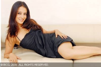 raima sen nude photos download