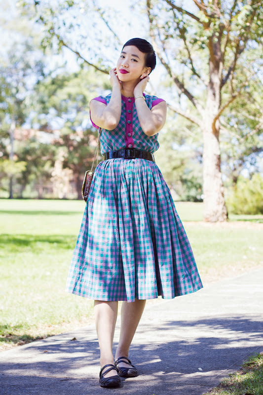 NoraFinds DIY Sewing Gingham 1950s