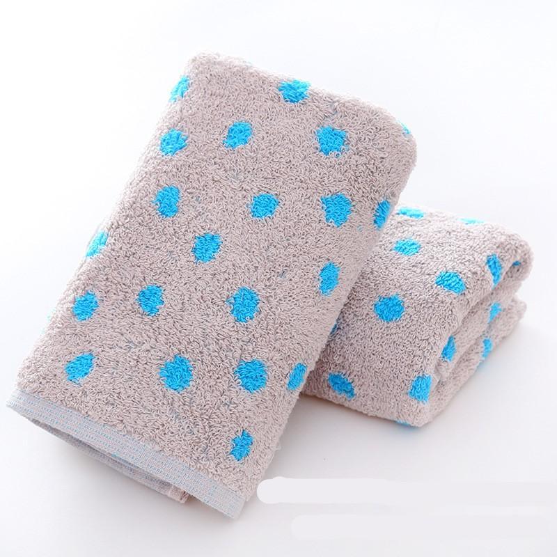 Polka Dots Bath Towel