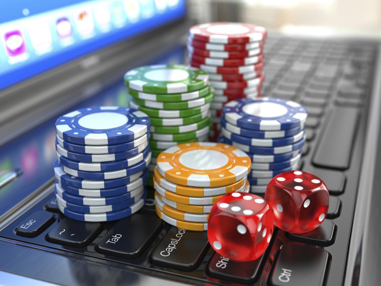 http://bizmology.hoovers.com/wp-content/uploads/2014/08/Online-Gambling.jpg