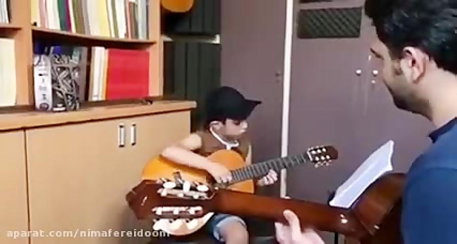 محمدرضا اناركى هنرجوى گیتار فرزین نیازخانی بداهه در لامينور