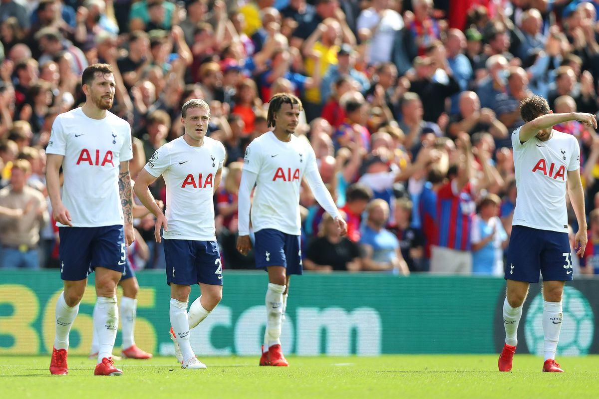 Thất bại khiến tinh thần các cầu thủ Tottenham có phần đi xuống
