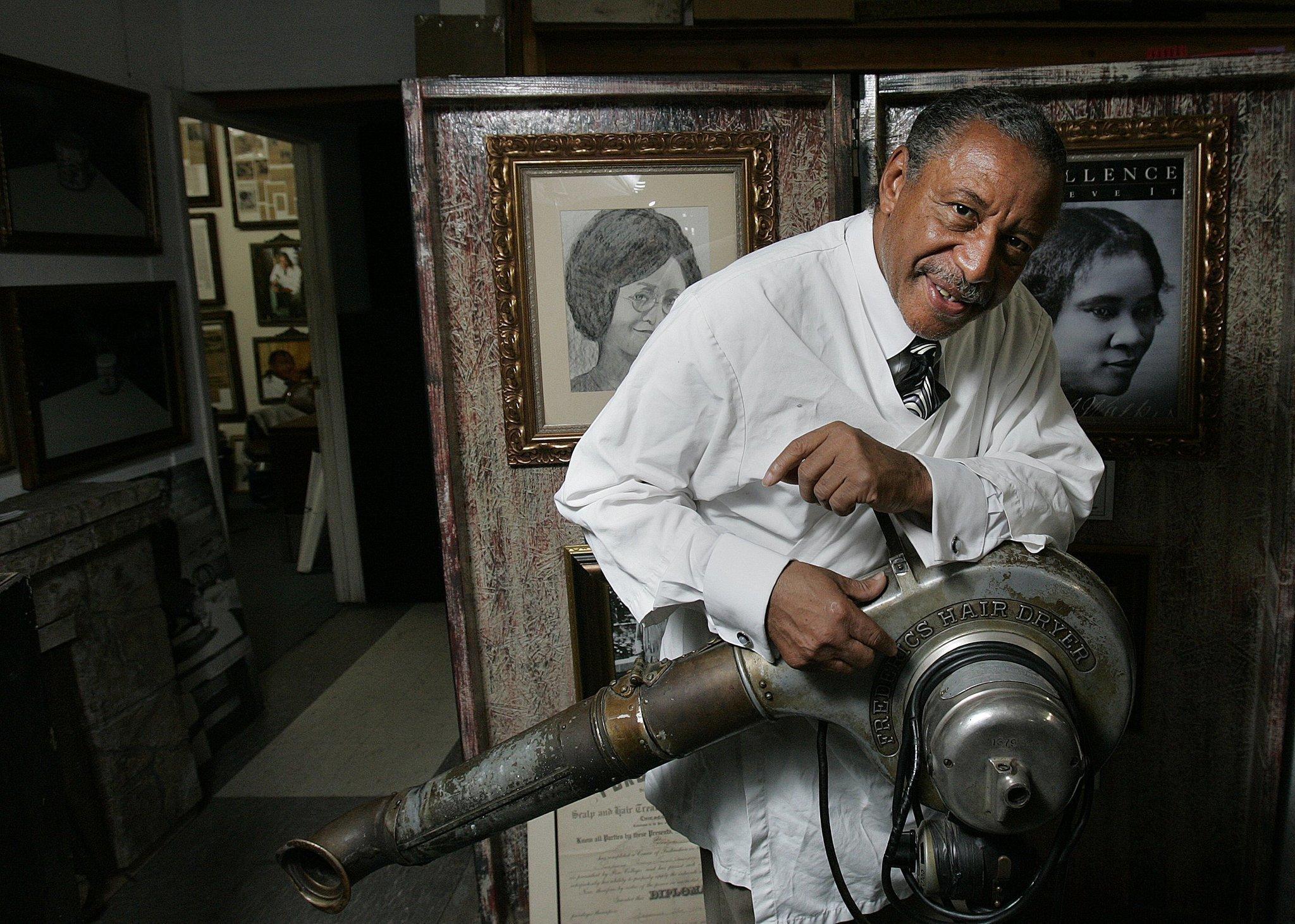Znalezione obrazy dla zapytania Willie Lee Morrow barber