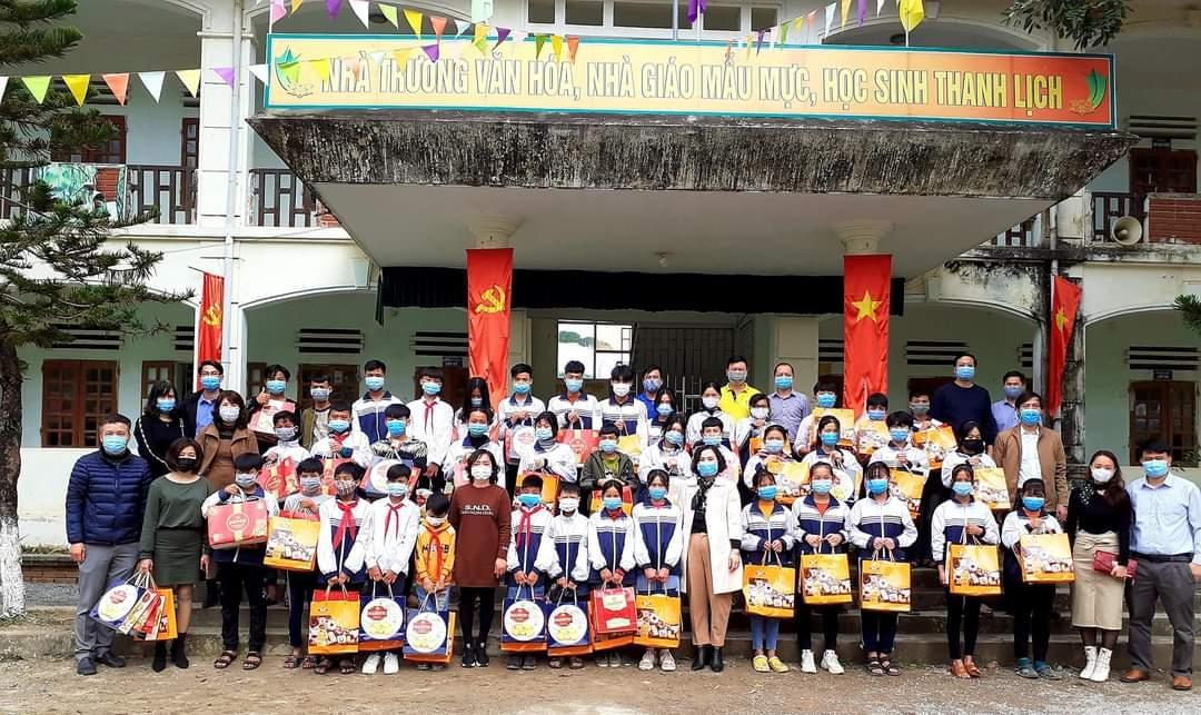 Tết ấm yêu thương - THCS Lê Lợi, Hà Đông