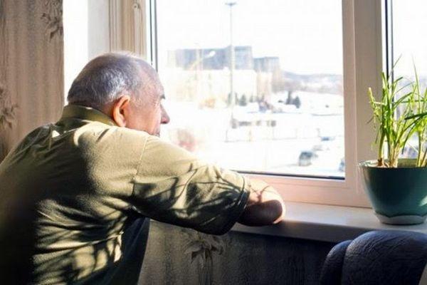 Bệnh Alzheimer trở thành bức tường ngăn cách người bệnh với xã hội