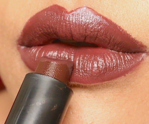 elle 18 chocolate day lip swatch