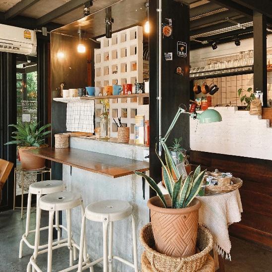 4. Ricker's Cafe 04