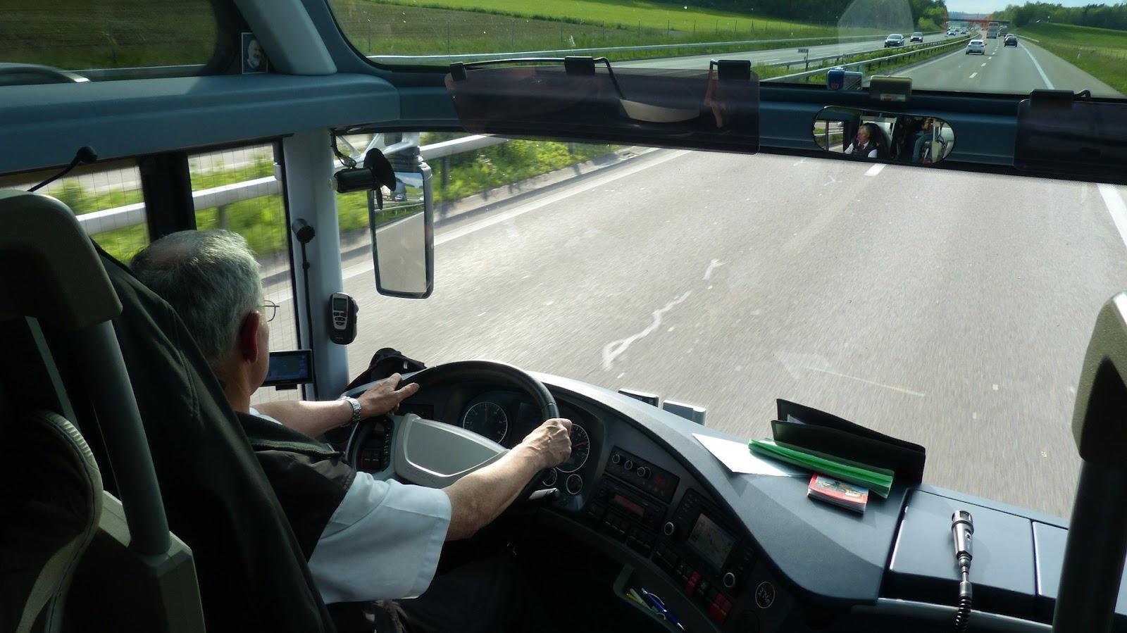 0VNNsXnFFBm3umGP00UMQEFZznW CBzduyBmlk5lkhCpVEaIVKSjPtybPAt9JIa6x6V2CE58WVBinU9nfUdy7XRY8zeOkJjZUY3T2jZOp2Ec9PdLS30fMoYquCqXdUV09kI72qns - Dlaczego jazda autokarem jest bezpieczniejsza od podróży autem?