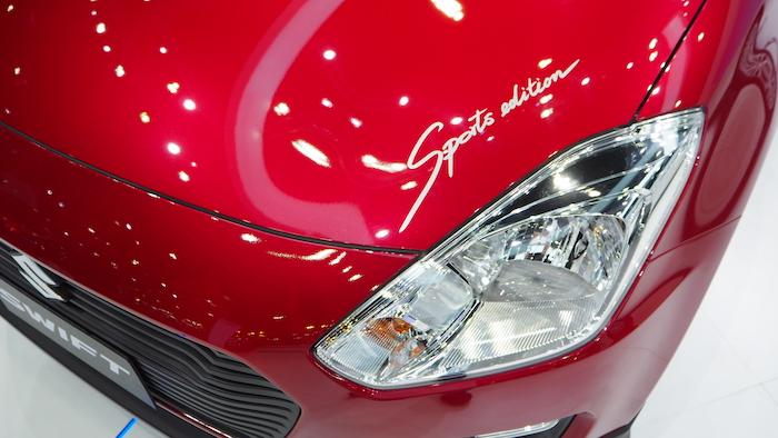 สติ๊กเกอร์ Sport Edition ในรุ่น Suzuki Swift GL Sport Edition