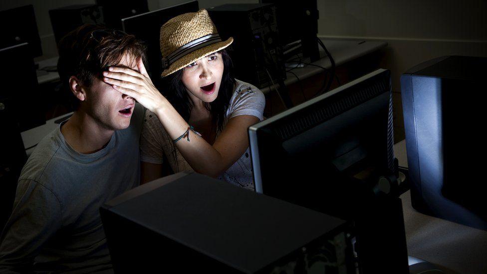 Говорят, что порнография плохо влияет на взаимоотношения - особенно между молодыми людьми