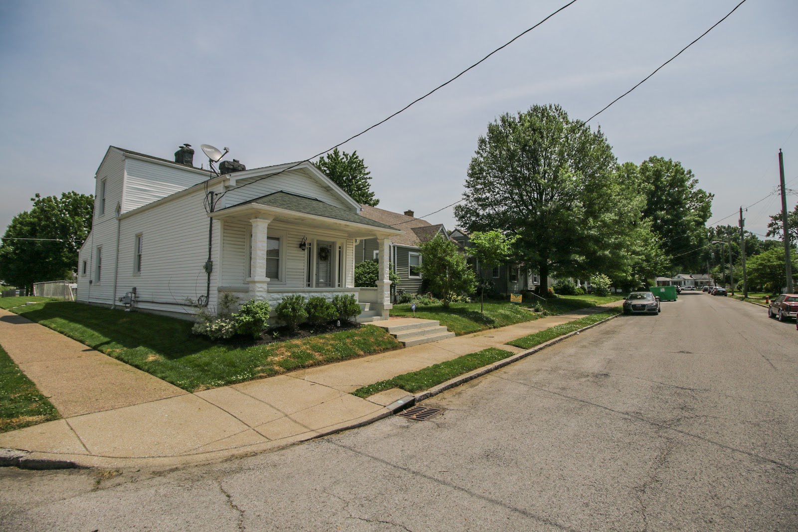 Information on house for sale on 1101 Forrest St Louisville KY 40217