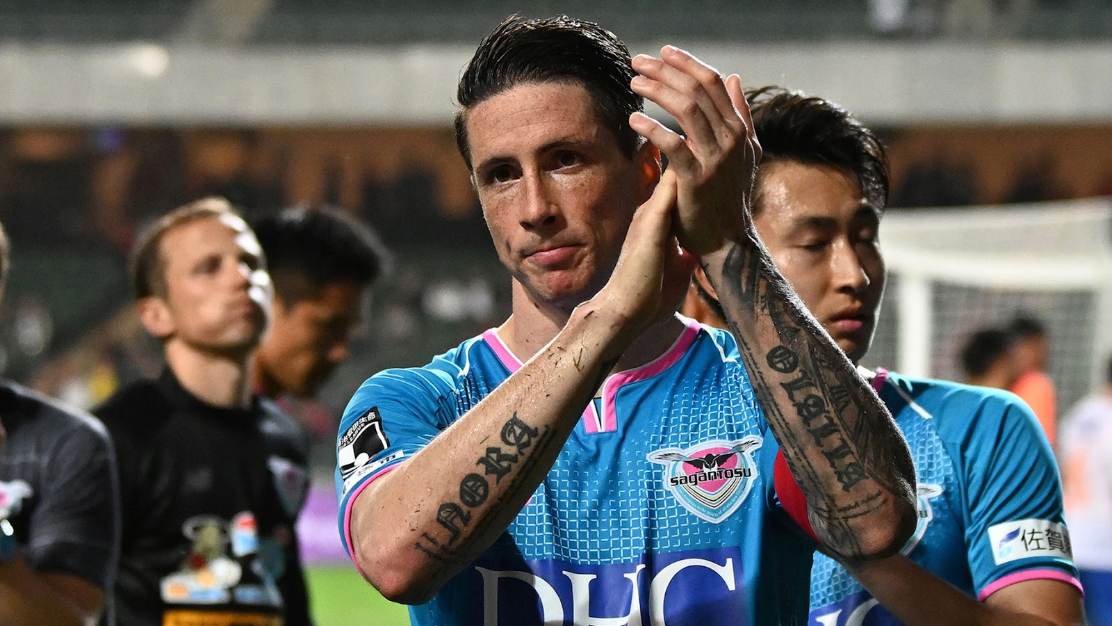 Torres kết thúc mùa giải đầu tiên ở Vương quốc Anh (UK) với 33 bàn thắng