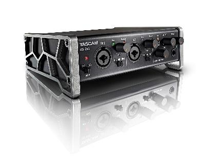 USB Audio/MIDI Interface (2 in / 2 out)   Tascam US-2x2