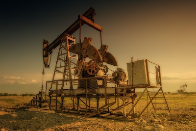 what is oil petroleum environment
