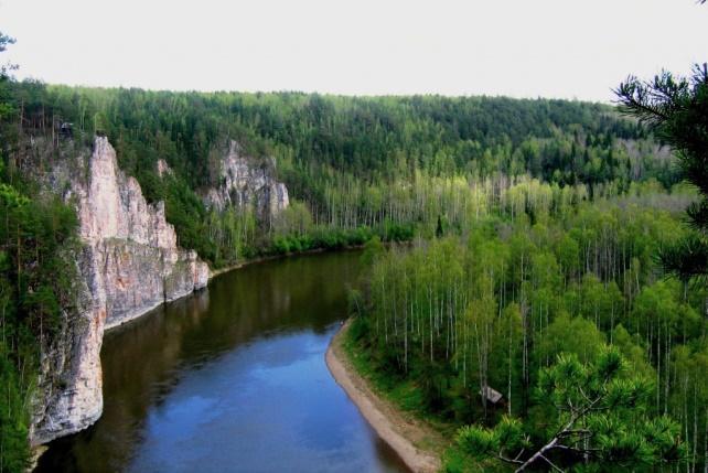 http://world-countries.net/wp-content/uploads/2016/04/Prirodnyj-park-reka-CHusovaya.jpg