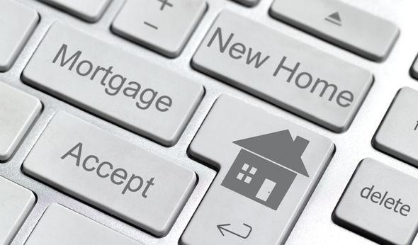 C:\Users\Korisnik\Desktop\martin-lewis-mse-money-saving-expert-mortgage-1128413.jpg
