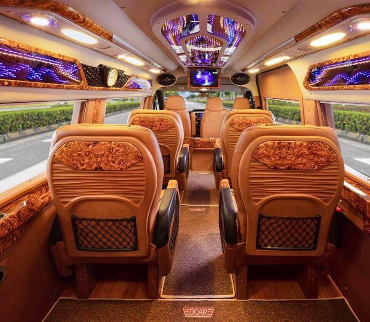 Nội thất xe Hùng Cường Limousine đi Quảng Ninh từ Hà Nội