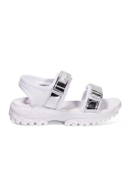 3. FILA Tracer รองเท้ารัดส้นดีไซน์สปอร์ต ทะมัดทะแมง เบาสบาย แห้งไว