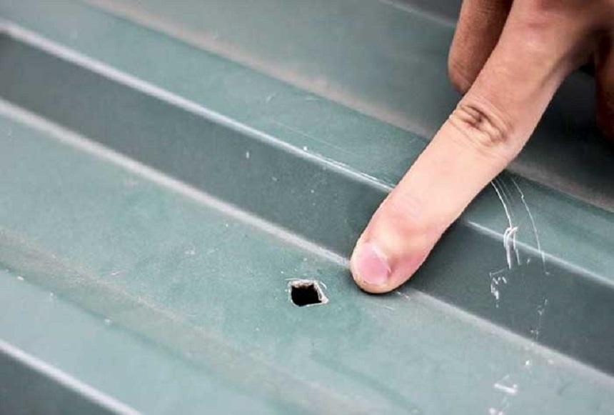 Hư hỏng mái tôn gây mất thẩm mỹ và ảnh hưởng đến chất lượng cuộc sống