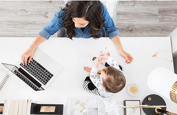 Maternity leave is not a hindrance to work or some TOP-ways for young parents to earn money from home news