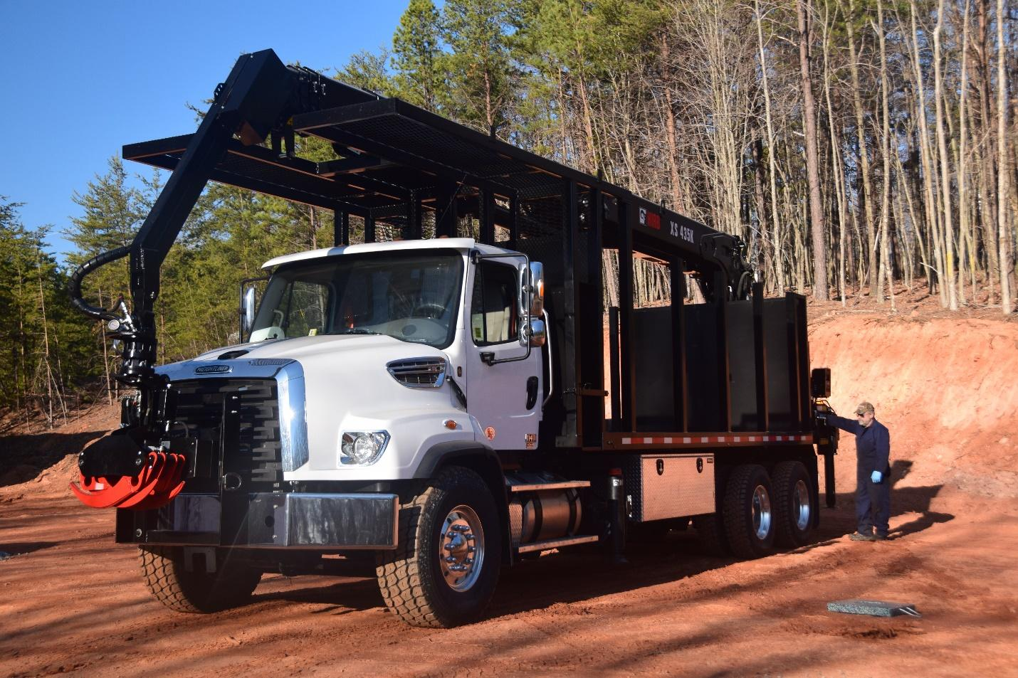 Timberland Trucks A Small Business That Makes Big Trucks