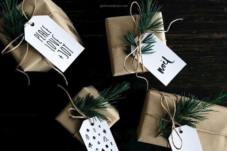 christmas-gift-tags-neutral-above