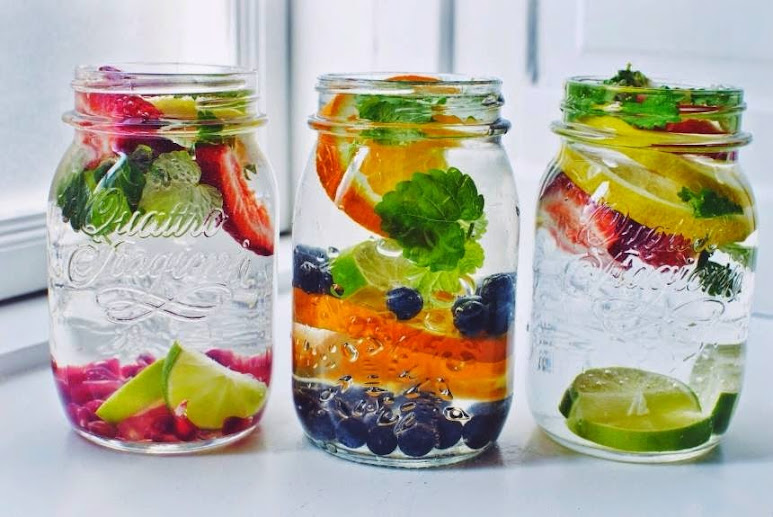 Healthy reasons to drink infused flavored water