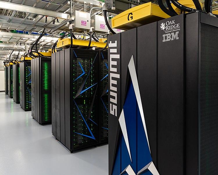 Los ordenadores más potentes de cada época ocupan habitaciones enteras. SUMMIT (2018)