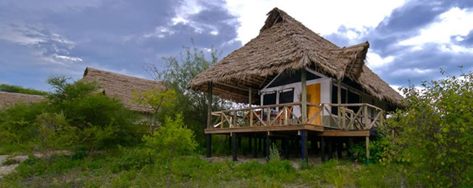 http://www.africa-adventure.com/Lake%20Burunge%20Tented%20Camp%201.jpg