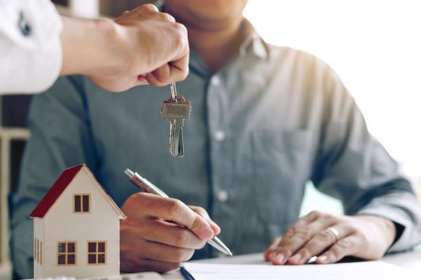 Hãy ký biên bản bàn giao khi nhận nhà tránh trường hợp mất tiền cọc một cách vô lý